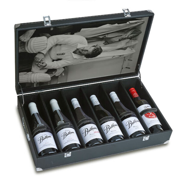 Leather case of 6 wines